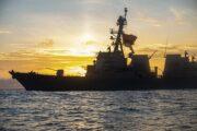 Стало известно об участии корабля США в инциденте с британским эсминцем в Крыму: Конфликты: Мир: Lenta.ru