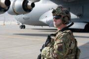 Талибы попросили США оставить дипломатов после вывода войск, сообщили СМИ