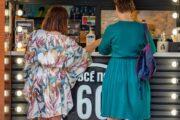 Кафе и рестораны отстали в восстановлении от фастфуда — Капитал